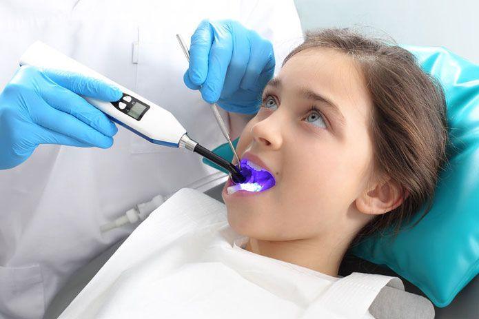 Salud dental de niños y adolescentes